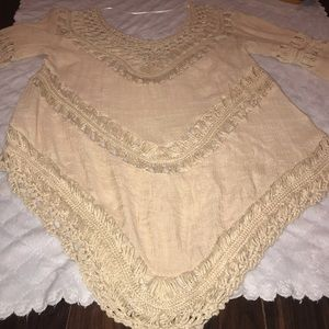 Umgee women's crotchet top. Cream in Color. Small
